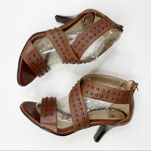 Sofft Sandal Heel Stud Brown Leather Shoes Sz 7.5